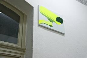 Überwachungskamera orange /gelb, 2013, Acryl/Nessel je 30cm x 40cm